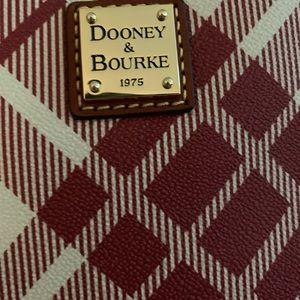 Brand new Dooney & Bourke tote
